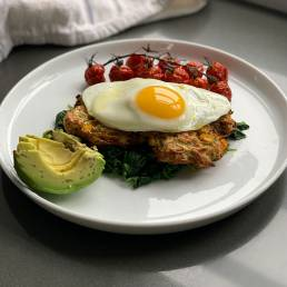 A healthy brunch recipe for courgette and sweetcorn hash browns by nutritionist Jennifer Medhurst