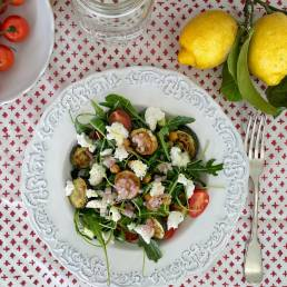 A recipe for a healthy Rocket, Courgette and Ricotta Salad by nutritionist Jennifer Medhurst