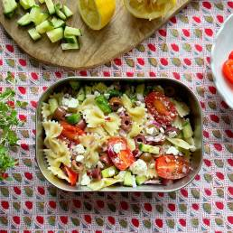 A healthy lunch box greek pasta salad recipe by nutritionist Jennifer Medhurst